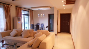 Spacious apartment for rent, Nan Jing Road