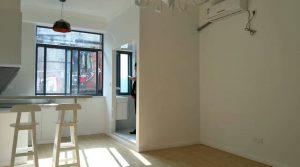 Studio 50 m² sur Yan An Middle Road, 5800 RMB