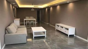 Appartement 100m² au sein d'un complexe avec piscine à Julu Road